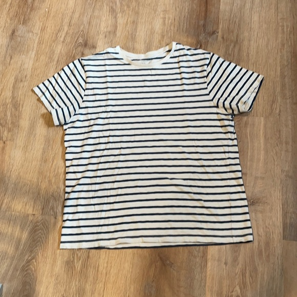 J crew navy and white striped short sleeve shirt